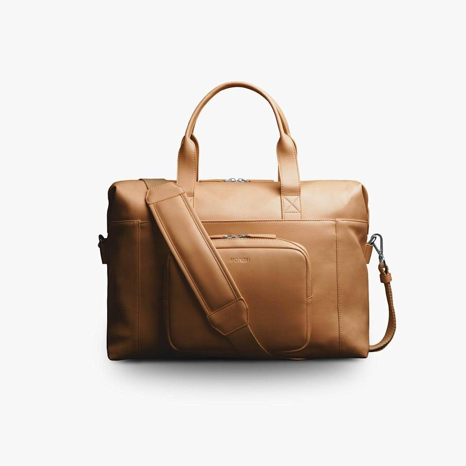 """<h2>Monos Metro Duffel <br></h2><br>This sleek Monos duffel is so smartly designed it saved on happy reviewer from checking a bag. She says, """"It's spacious allowing me to comfortably pack numerous outfits while also storing my laptop. On top of that, I received numerous compliments and all of the pockets and features kept me organized."""" (Did we mention the front pocket is removable?)<br><br><em>Shop <strong><a href=""""https://monos.com/products/metro-duffel"""" rel=""""nofollow noopener"""" target=""""_blank"""" data-ylk=""""slk:Monos"""" class=""""link rapid-noclick-resp"""">Monos</a></strong><br></em><br><br><br><br><strong>Monos</strong> Metro Duffel, $, available at <a href=""""https://go.skimresources.com/?id=30283X879131&url=https%3A%2F%2Fmonos.com%2Fproducts%2Fmetro-duffel"""" rel=""""nofollow noopener"""" target=""""_blank"""" data-ylk=""""slk:Monos"""" class=""""link rapid-noclick-resp"""">Monos</a>"""